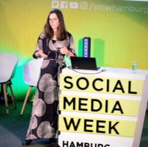 Journalismus der Zukunft: Vortrag von Journalistin Angela Gruber